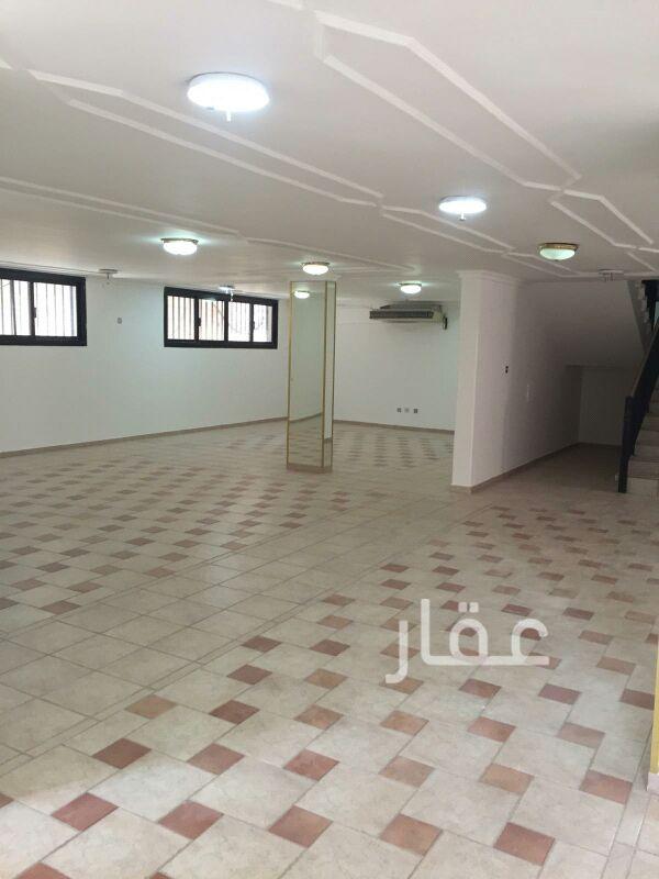 فيلا للإيجار فى صالة أفراح الشيخ سالم العلي ، حي قرطبة 01