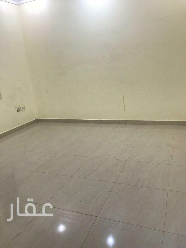 شقة للإيجار فى شارع 705 ، حي السلام 61