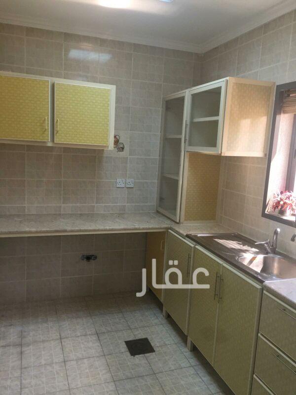 شقة للإيجار فى شارع 715 ، حي السلام 6