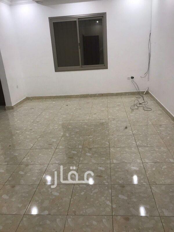 شقة للإيجار فى شارع 720 ، حي السلام 4