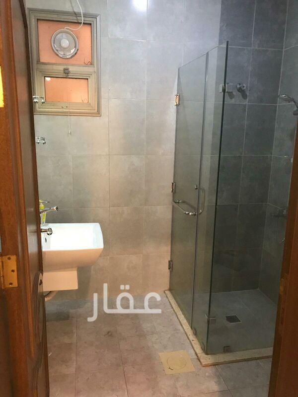 شقة للإيجار فى شارع 720 ، حي السلام 8