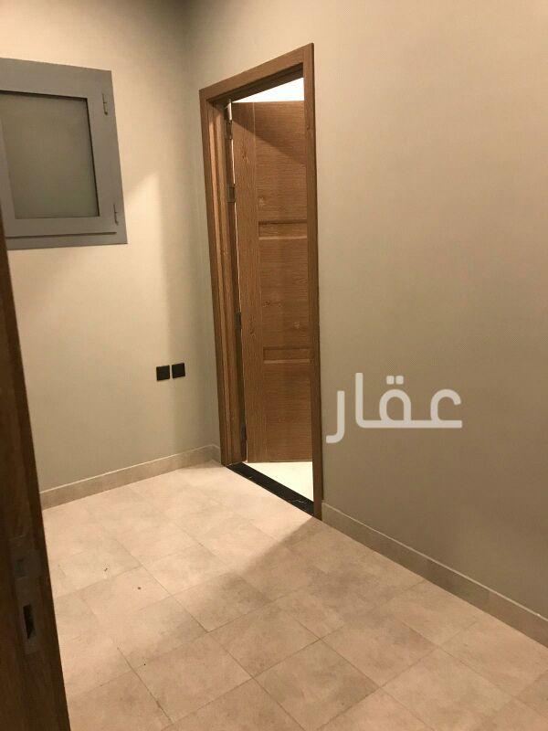 شقة للإيجار فى شارع عبدالله الخلف السعيد ، حي الخالدية 8