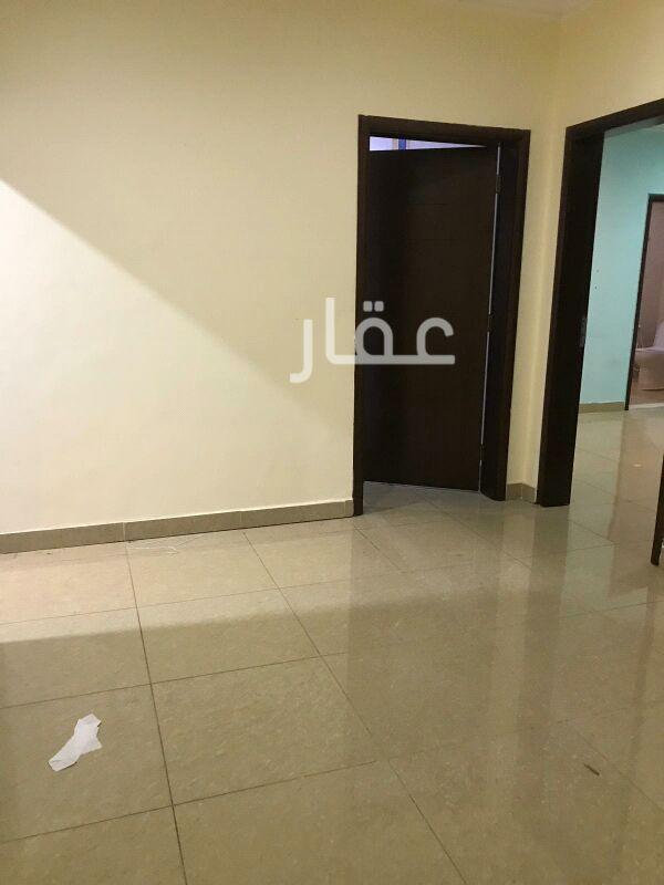شقة للإيجار فى ضاحية مبارك العبدالله 10
