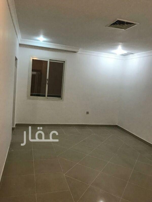 شقة للإيجار فى شارع 205 ، حي الشهداء 2