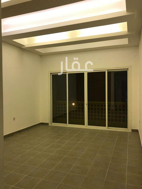 شقة للإيجار فى شارع 323 ، حي السلام 61