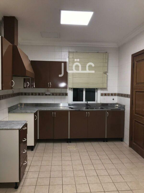 شقة للإيجار فى شارع 323 ، حي السلام 8