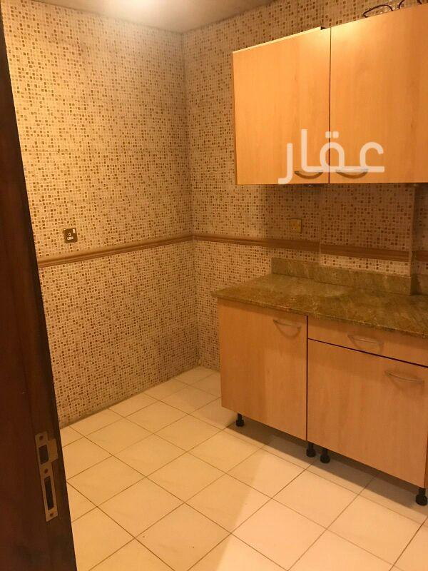 شقة للإيجار فى شارع عبدالوهاب حسين القرطاس ، حي العديلية 6