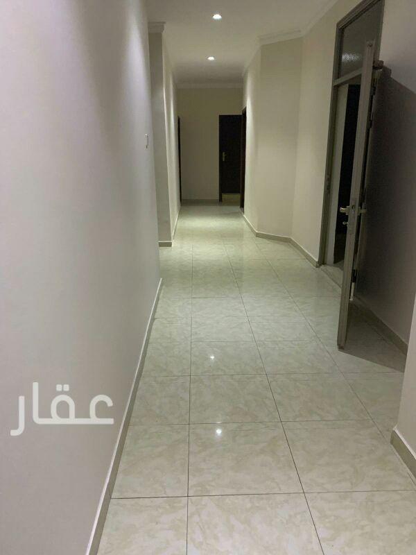 دور للإيجار فى شارع 108 Street ، حي الشهداء 01