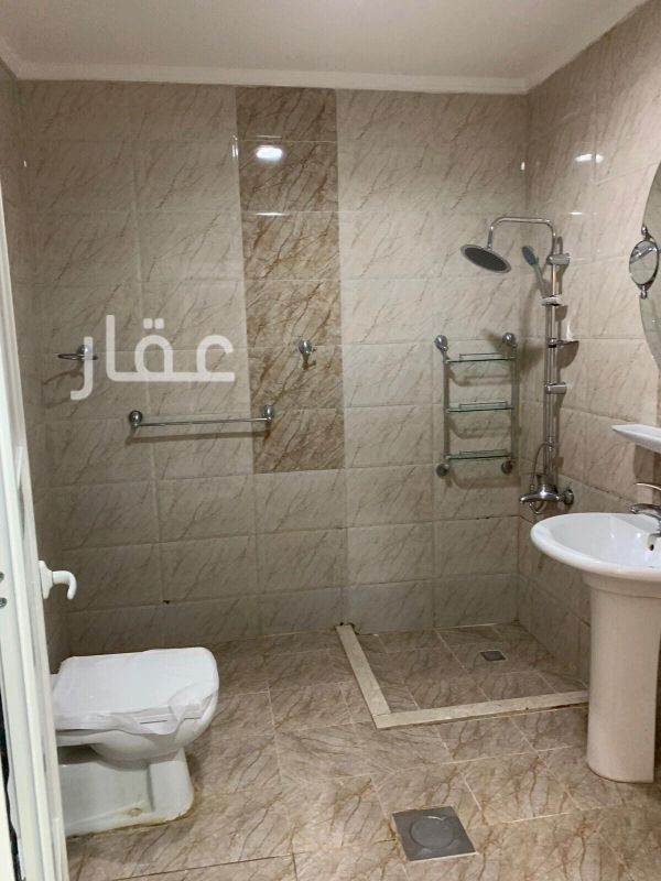 شقة للإيجار فى شارع طاهر البغلي ، الرميثية 2