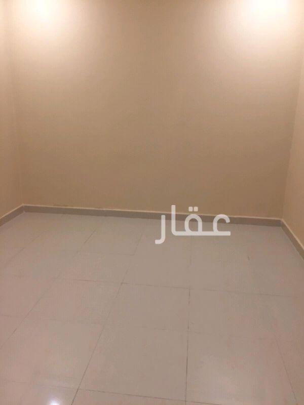 شقة للإيجار فى شارع 70 ، حي كيفان 4