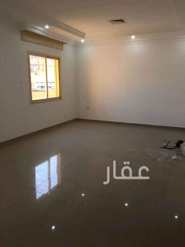 دور للإيجار فى شارع 107 ، ضاحية مبارك العبدالله 2