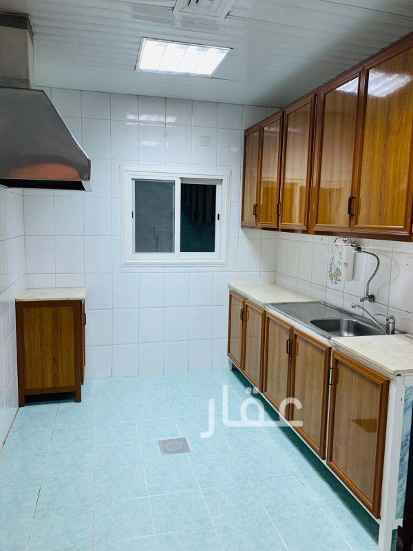 شقة للإيجار فى شارع 4 ، حي اليرموك 41