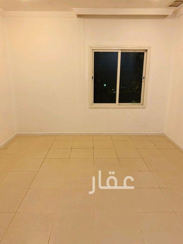 شقة للإيجار فى شارع 4 ، حي اليرموك 6