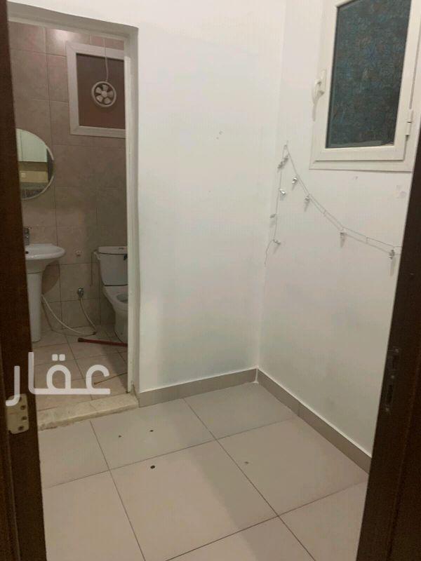 شقة للإيجار فى شارع مساعد عبدالله الساير ، الزهراء 6