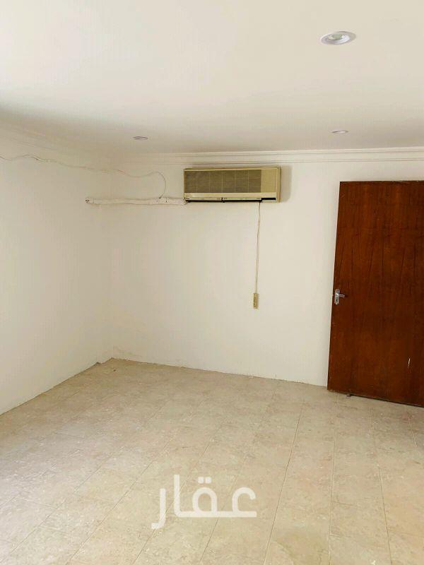 بيت للإيجار فى شارع 16 ، الأندلس 8