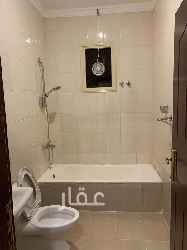 شقة للإيجار فى حي مشرف 4