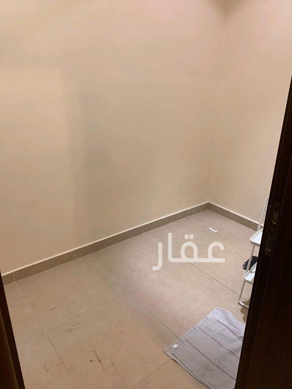 شقة للإيجار فى طريق 20 ، حي بيان 4