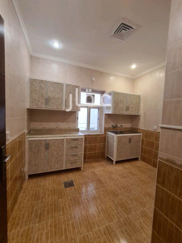 شقة للإيجار فى شارع 119 ، حي حطين 2