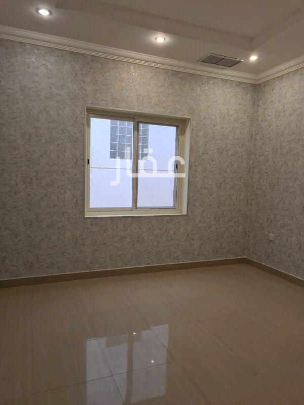 شقة للإيجار فى شارع 119 ، حي حطين 21