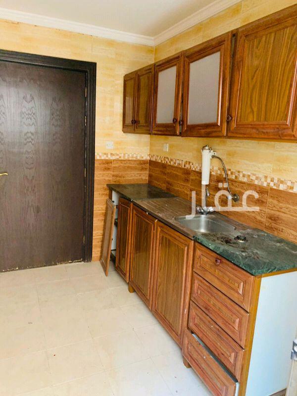 شقة للإيجار فى شارع 95 ، حي القادسية 4