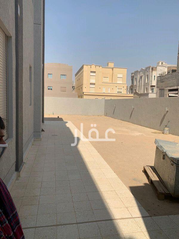 بيت للإيجار فى صباح الأحمد 14