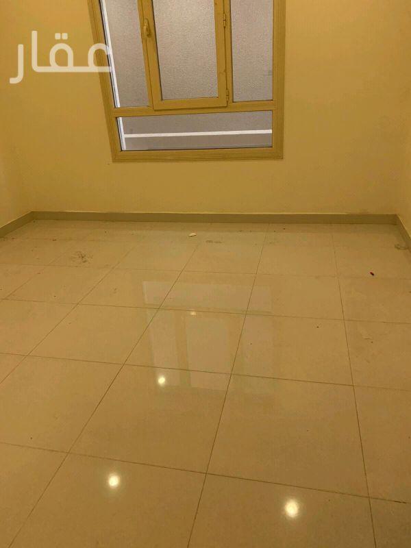 شقة للإيجار فى شارع 108 Street ، حي الشهداء 6