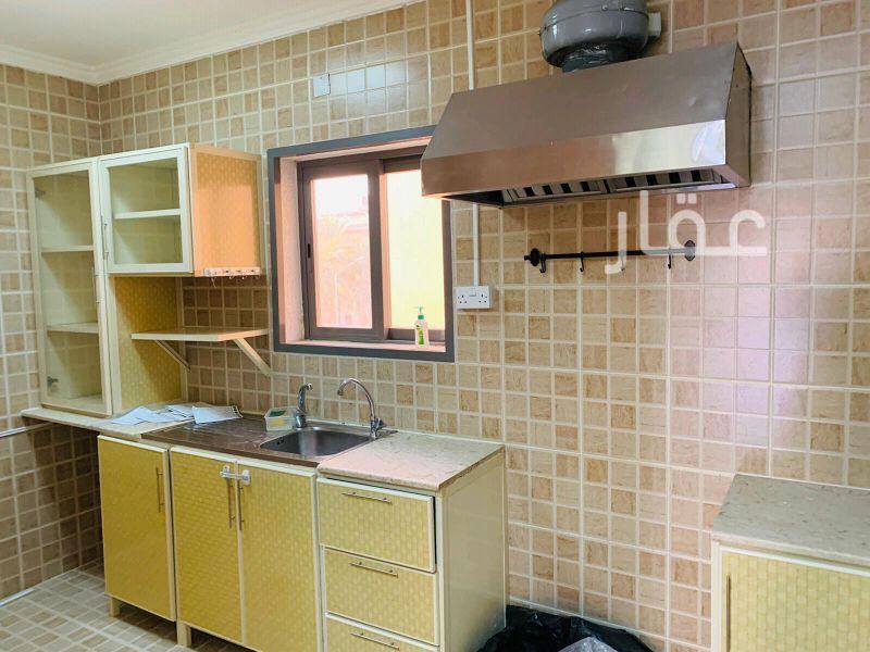 شقة للإيجار فى طريق 22 ، حي بيان 01