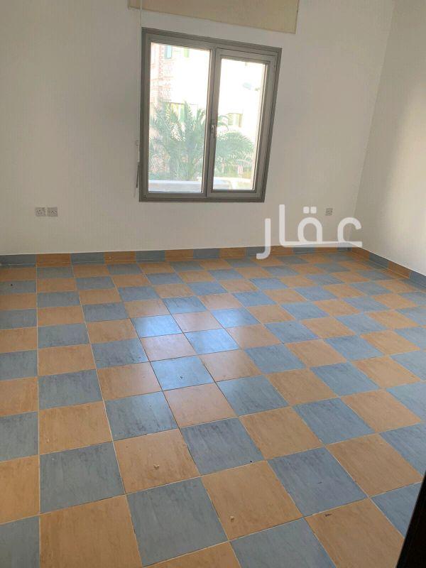 شقة للإيجار فى حي الشهداء 8