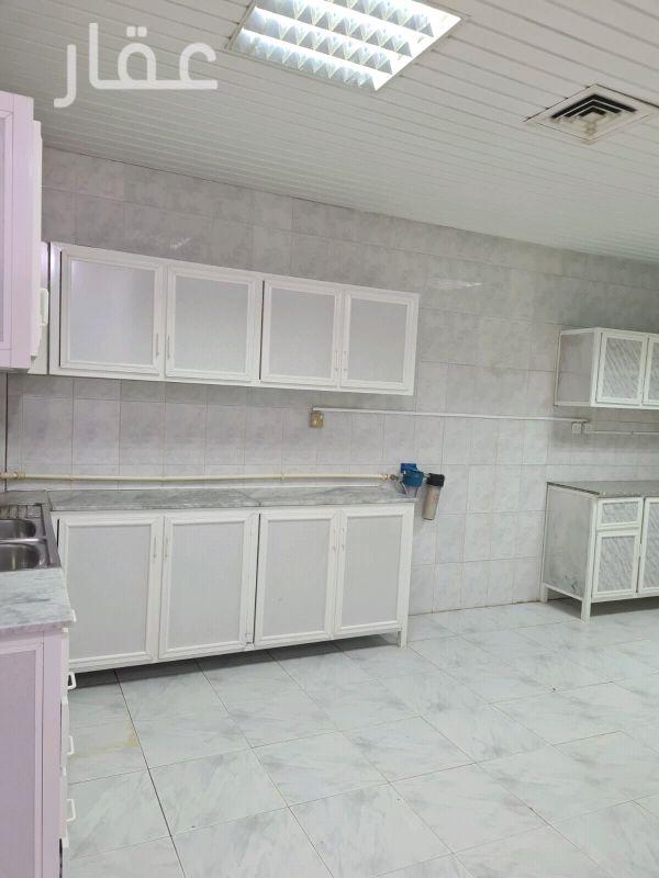 شقة للإيجار فى صالة أفراح الشيخ سالم العلي ، حي قرطبة 0