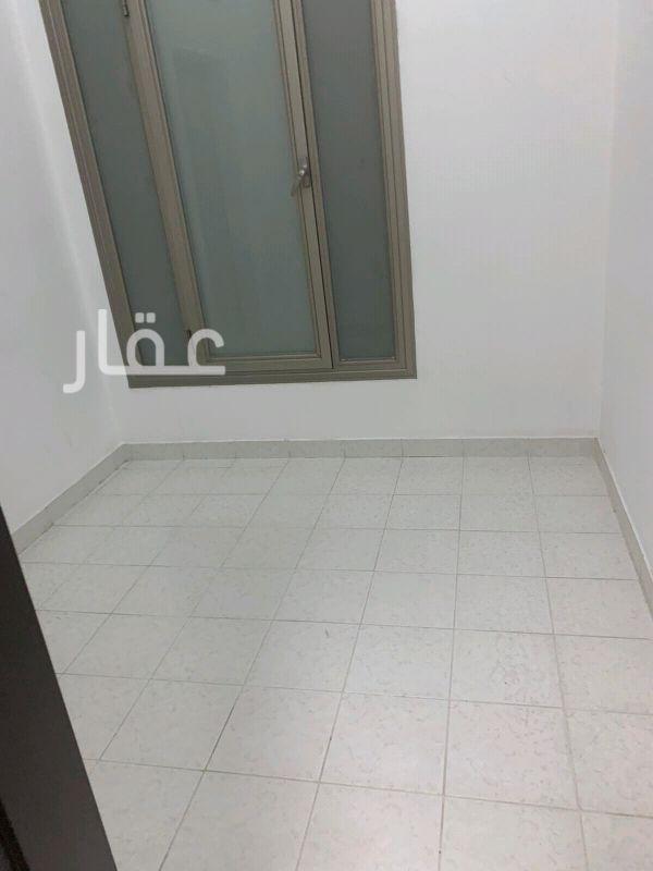 شقة للإيجار فى شارع 418 ، حي الشهداء 2