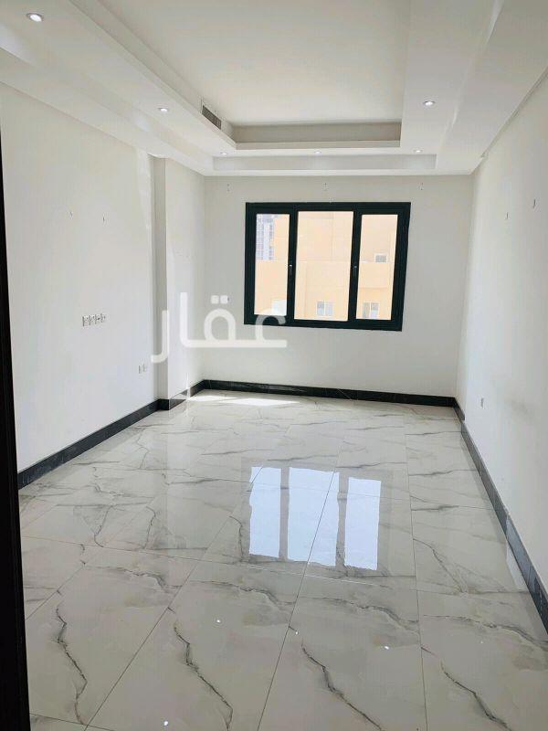 شقة للإيجار فى الشارع الاول ، صباح السالم 0