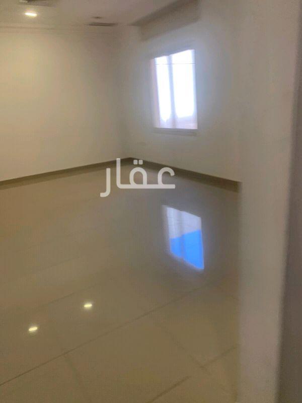 شقة للإيجار فى شارع 113 ، ضاحية مبارك العبدالله 2