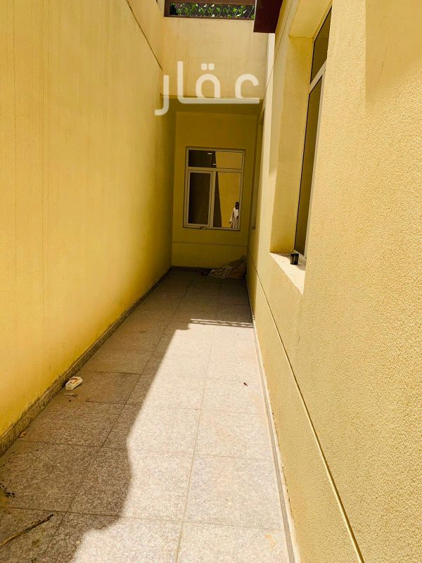 شقة للإيجار فى شارع 403 ، فنيطيس 8