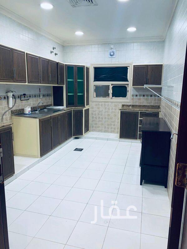 شقة للإيجار فى شارع محمد حبيب البدر ، حي القادسية ، مدينة الكويت 0