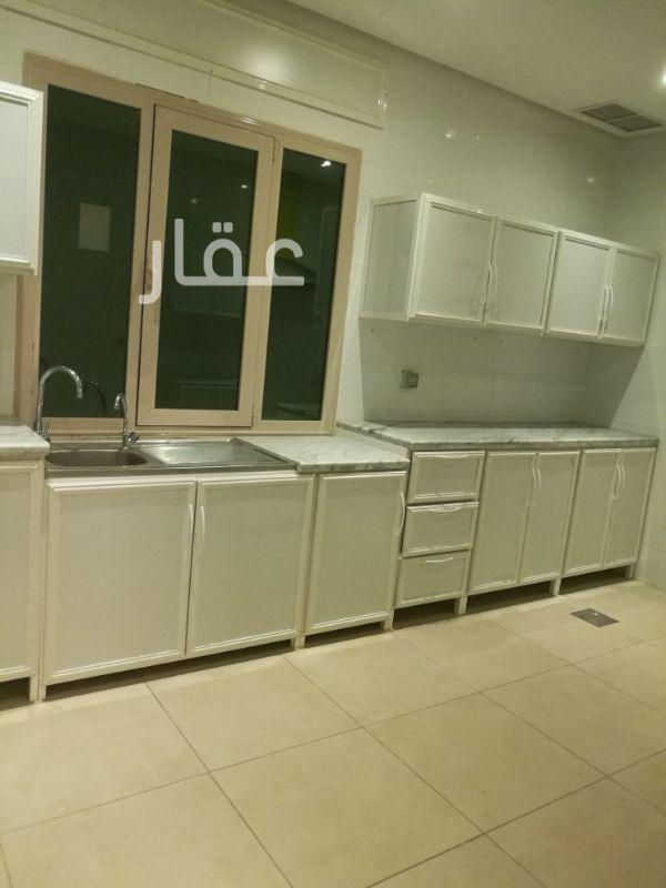 شقة للإيجار فى شارع عبدالعزيز يوسف المزيني ، حي الفيحاء 4