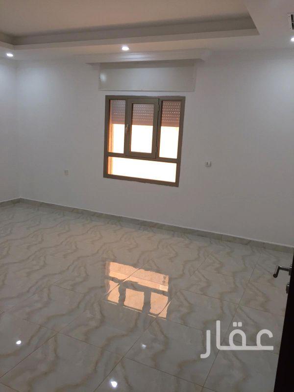 شقة للإيجار فى شارع أسامة بن زيد ، الرميثية 4