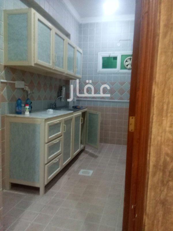 شقة للإيجار فى شارع 501 ، حي الشهداء 2