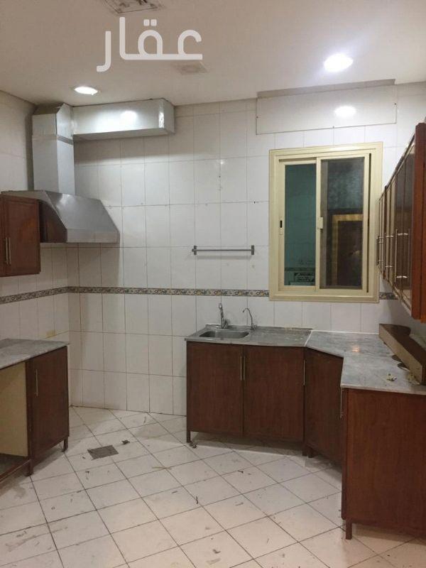 شقة للإيجار فى شارع 16 ، حي كيفان 21