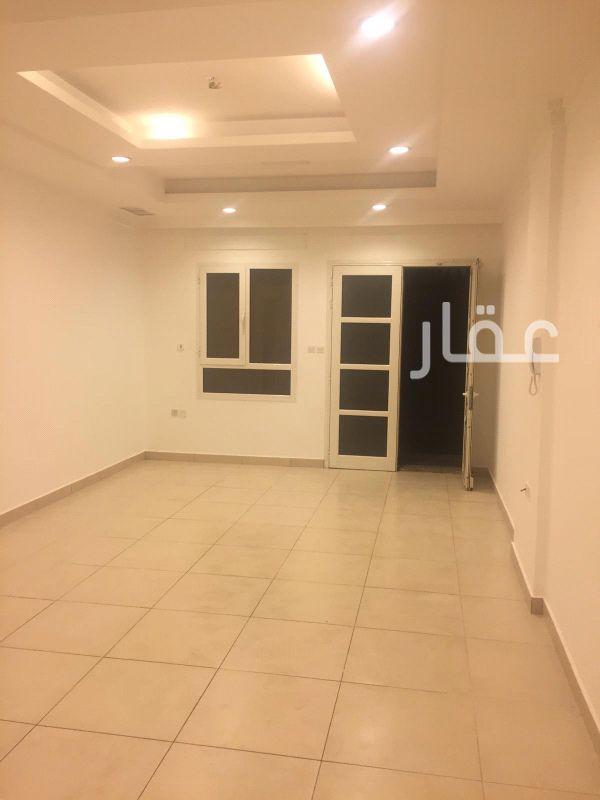 شقة للإيجار فى شارع 208 ، حي السلام 61