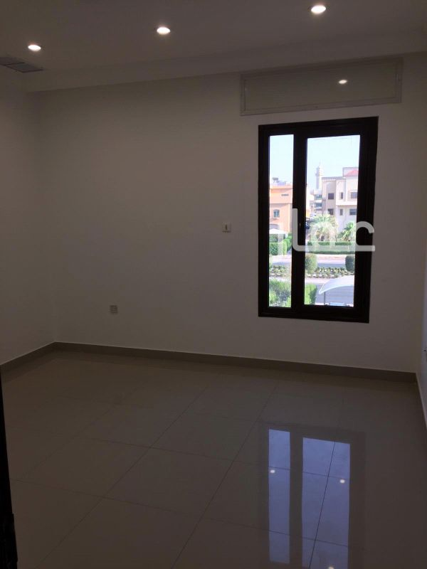 شقة للإيجار فى حديقة قطعة 6 ، 54-72 ، شارع 601 ، حي السلام 41