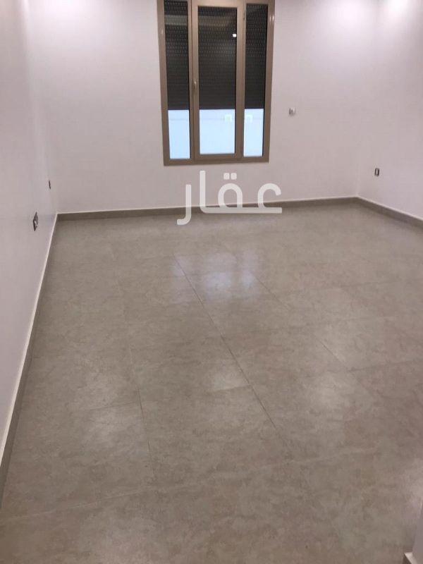شقة للإيجار فى شارع 504 ، فنيطيس 01