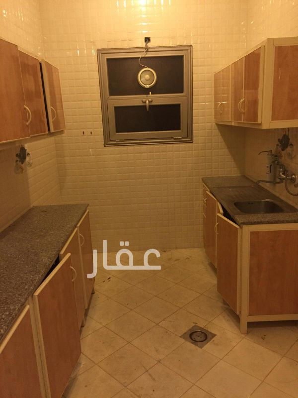 شقة للإيجار فى شارع 610 ، فنيطيس 01