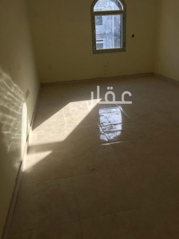 شقة للإيجار فى شارع 2 ، فنيطيس 41