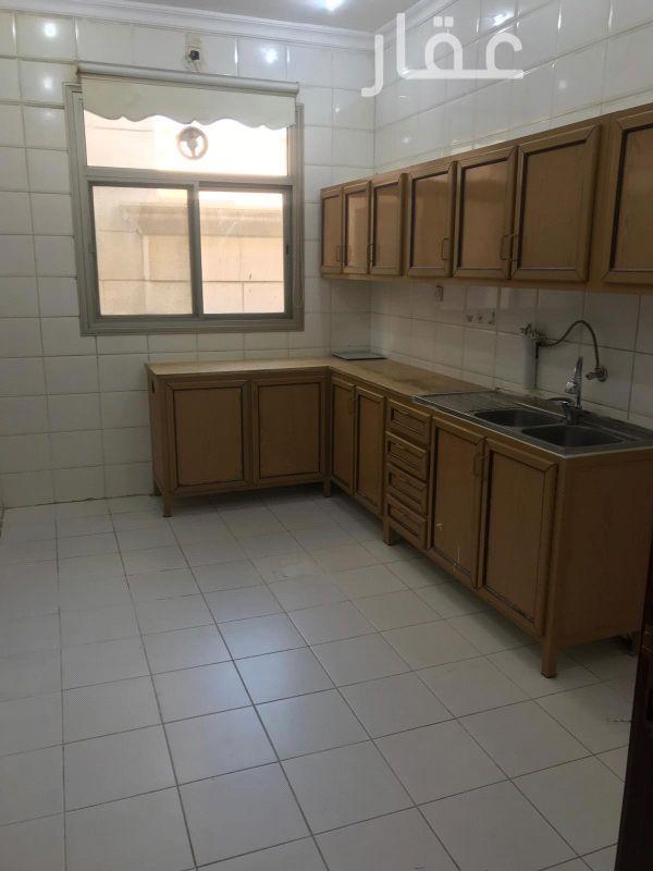 شقة للإيجار فى شارع 414 ، حي الشهداء 01