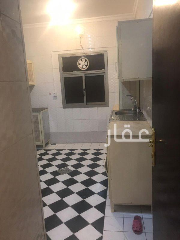 شقة للإيجار فى محول كهرباء ، شارع 511 ، الزهراء 01