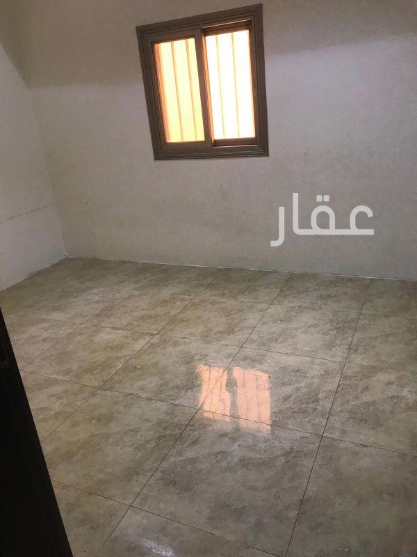 شقة للإيجار فى حي السلام 8