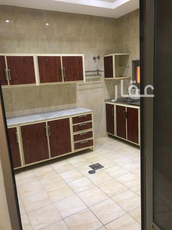 شقة للإيجار فى حي السلام 10
