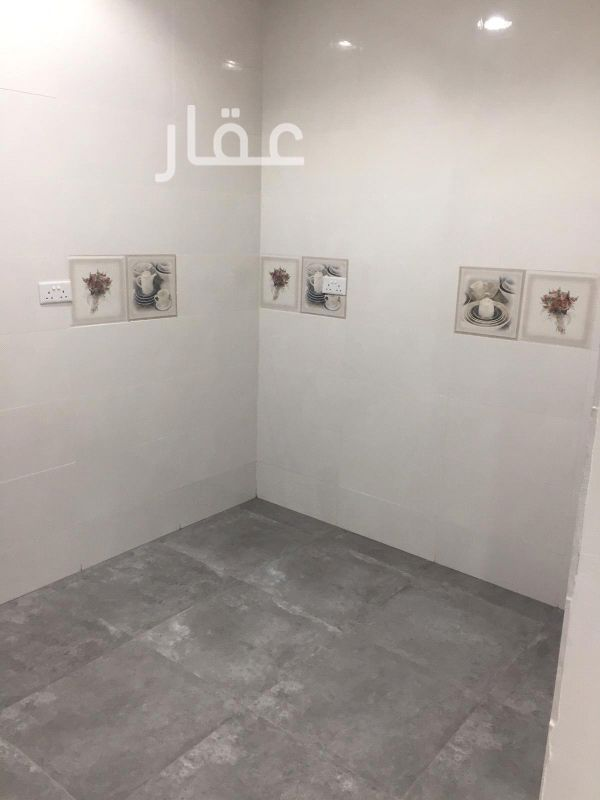 دور للإيجار فى مقابل مستشفى جابرالاحمد الصباح محطة 1 ، الزهراء 41