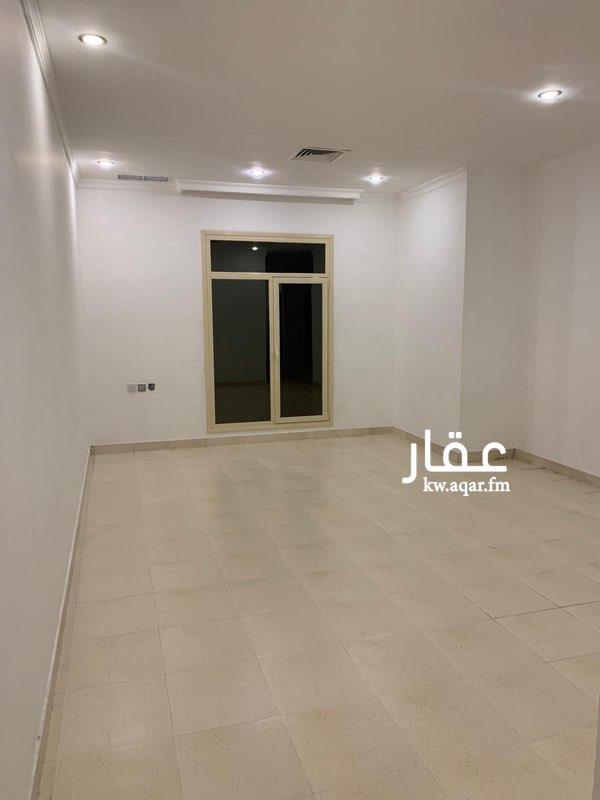 شقة للإيجار فى شارع, ضاحية مبارك العبدالله 01