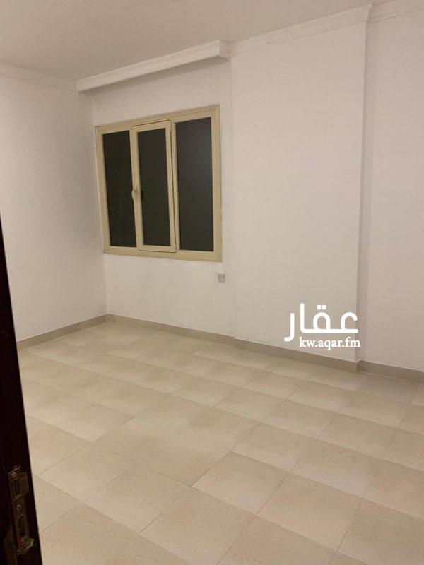 شقة للإيجار فى شارع, ضاحية مبارك العبدالله 21